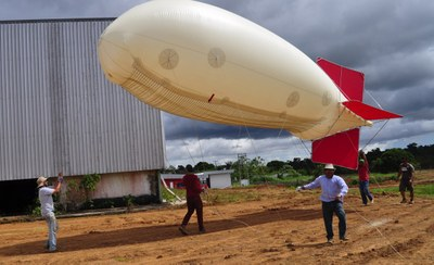 Jose Fuentes balloon deployed Feb '14 Brazil
