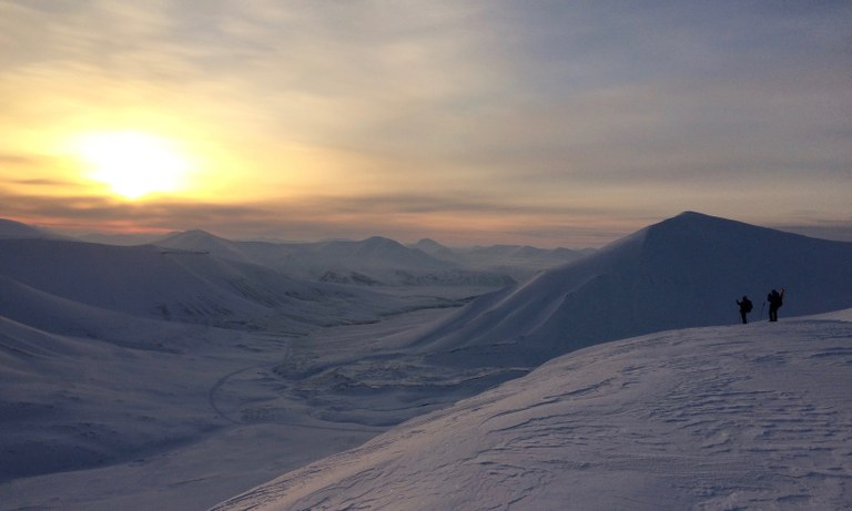 Lucien Simpfendoerfer, Svalbard First Sun of 2016